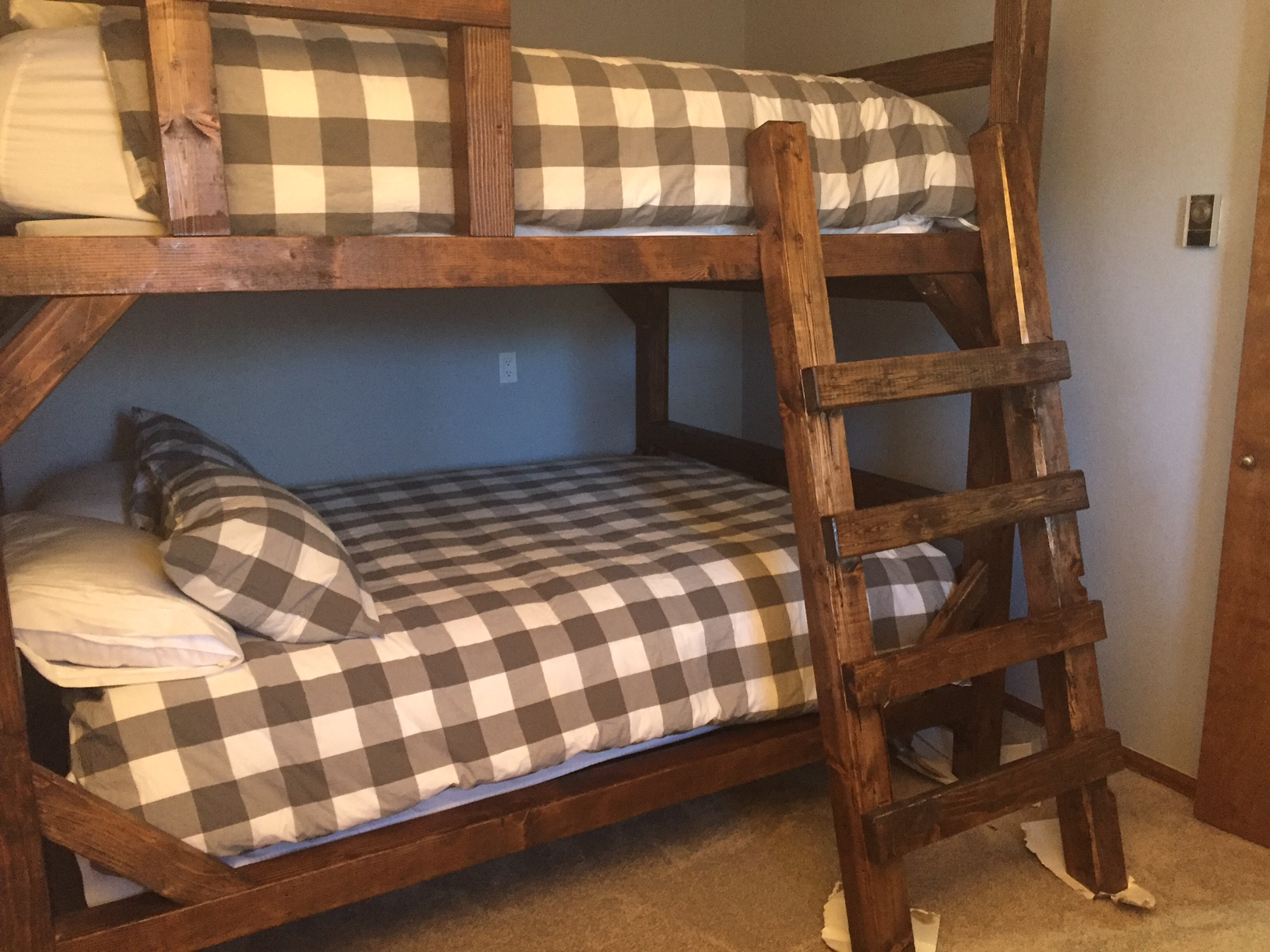 Adult Rustic Timber Bunk Beds Adult Strong Bunk Beds For